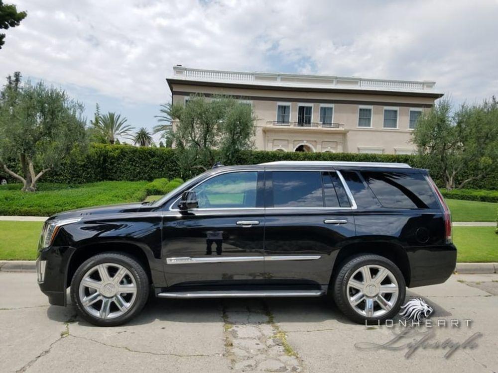 Cadillac Escalade ES